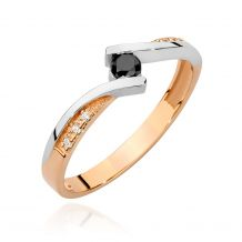 Złoty pierścionek z czarnym...